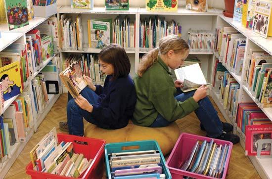 children-in-library1